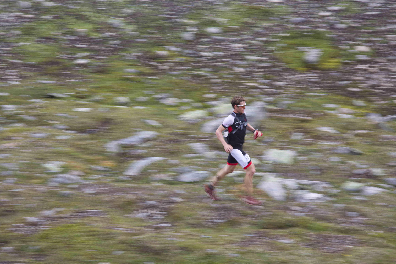 Cole running blurred Johan Marklund